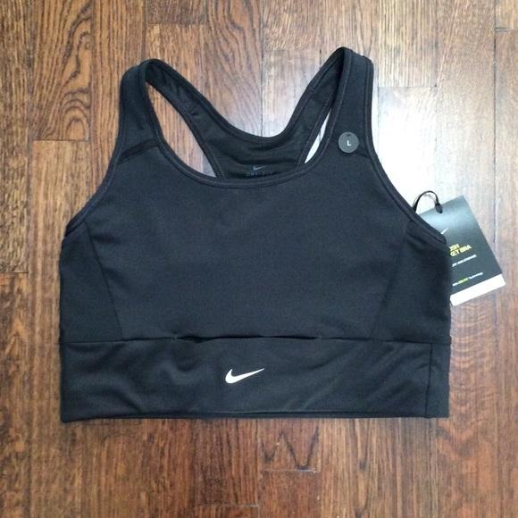 24b2d5ca38875 Nike Swoosh Pocket Bra Comfort   Storage